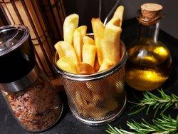 Cartofi prăjiți cu ierburi aromatice image
