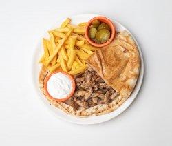 Shawarma de pui la farfurie image