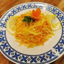 Salată de țelină, măr și morcov image