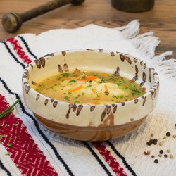 Supă de pui cu găluște image