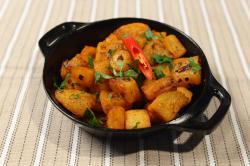 Batata Harra -vegetarian & picant image