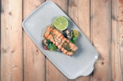 Grilled salmon with crushed potatoes image