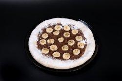 Pizza cu ciocolată și banane image
