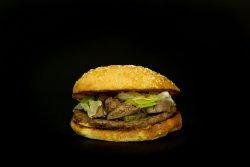 Burger cu ficăței de pui