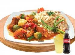 Meniu mâncare gătită de pui cu băutură răcoritoare image