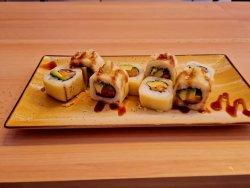 cheese salmon avocado maki image