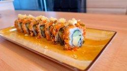 spicy salmon tartar maki image