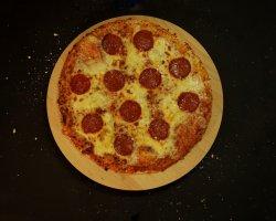 Pizza Quattro Formaggi Picanti image