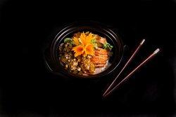 Vit sot tieu den (Rață cu sos piper negru și orez jasmin) image