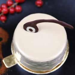Prajitura Duo cu mousse de ciocolată  și cremă de vanilie image
