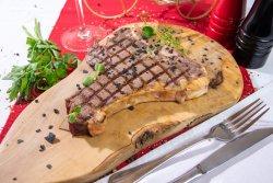 T-Bone Steak Black Angus cu piure de cartofi image
