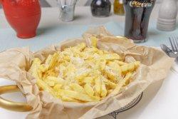Cartofi prăjiți cu cașcaval grecesc image
