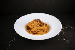 Spaghetti Puttanesca image