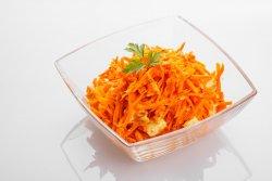 Salata picanta de morcovi image
