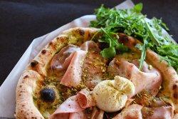Pesto Pistacchio e Burrata image