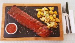 Coaste de porc la cuptor cu sos BBQ image