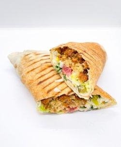 Falafel sandwich mare image