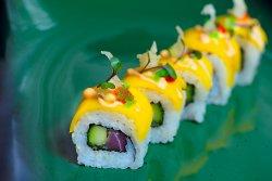 Sushi Roll with Tuna and Mango image