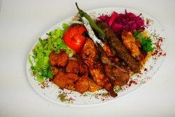 Karisik kebab - kebab asortat image