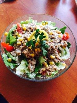 Salată Tonno image