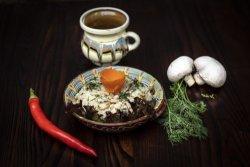 Orez cu ciupercuțe proaspete