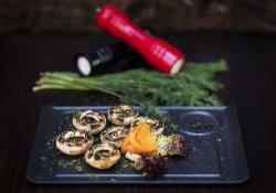 Ciupercuțe proaspete pregătite la grătar