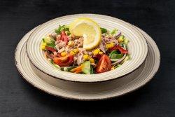 Salată de ton cu crudităti image