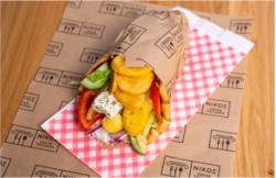 Sandwich vegetarian cu branza feta image