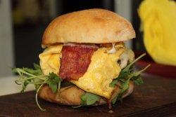E10 Burger image
