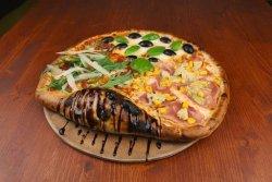 Pizza Quattro gusti mega