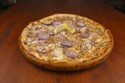 Pizza Tonno e cipolla mega