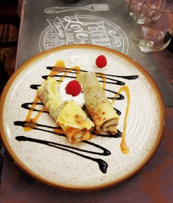 Clătite cu ciocolată Pancakes with chocolate image