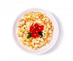 Salată cu crab image