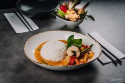 Red Curry legume & tofu image