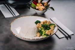 Vegan Broccoli & Tofu image
