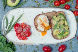 Egg and avo breakfast image