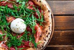 Pizza con buratta image