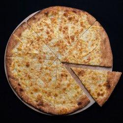 Focaccia con Parmigiano image