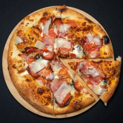 Pizza Tartufo image