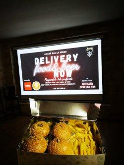 Pachet 4 mini burger & cartofi pai image