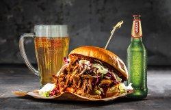 """""""Pulled Pork"""" Burger image"""