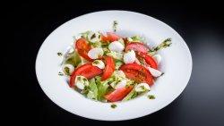 Salată pesto image