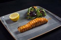 Medaglione di salmone scotzese alla griglia
