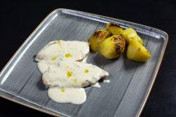Suprema di pollo '' il calcio '' con gorgonzola e tartufo piemontese