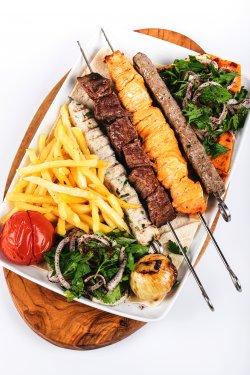 Mix gril (frigărui pui,  vită și kebab de pui sau vită) image