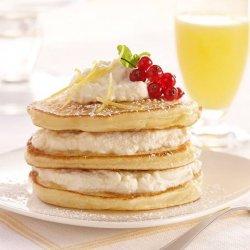 Pancakes cu brânză dulce și stafide 270 g