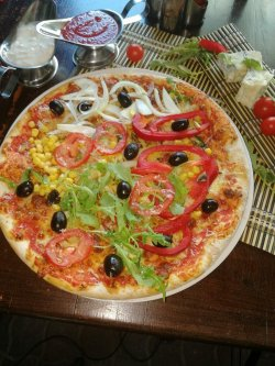 Pizza Taraneasca