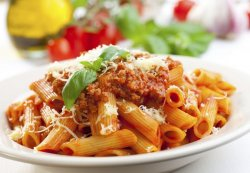 Penne bolognese image