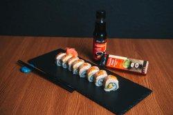 Sushi Uramaki Sake Aburi Roll  image