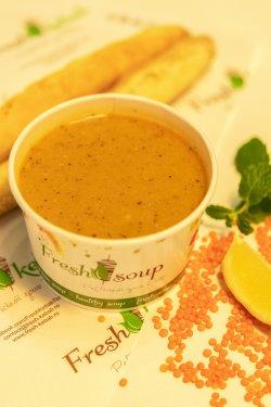 Supă de linte cu baghetă